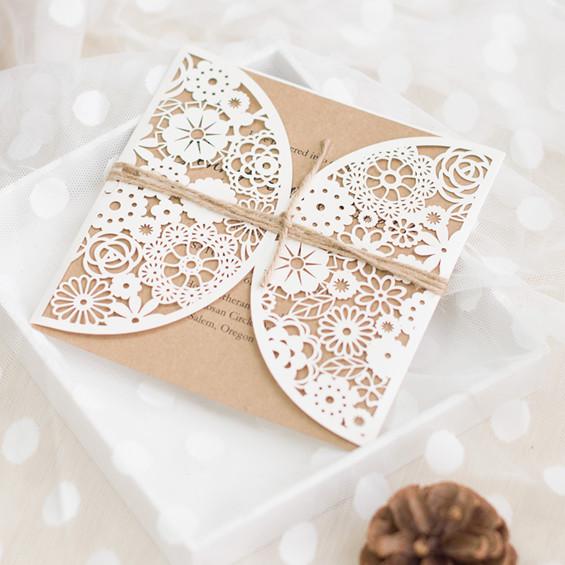 Romantische Laserschnitt Weisse Hochzeitskarten Mit Baendchen