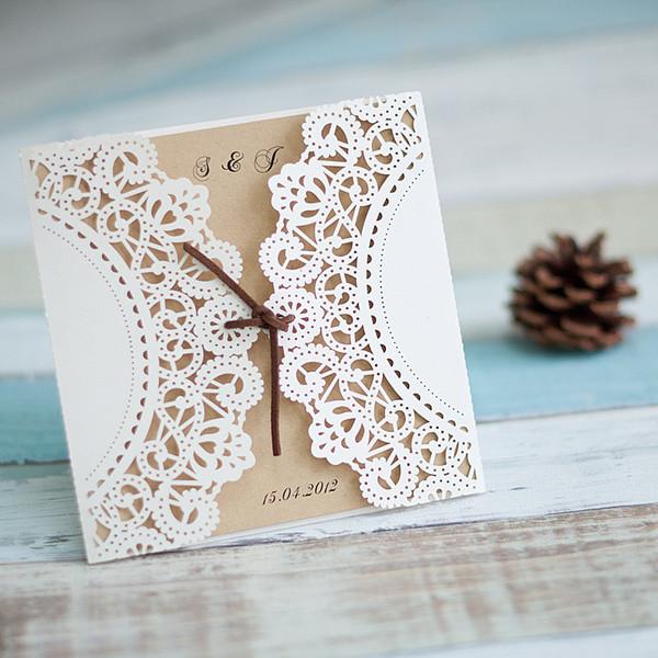 Romantische Laserschnitt Elfenbeinerne Hochzeitskarten Mit Baendchen